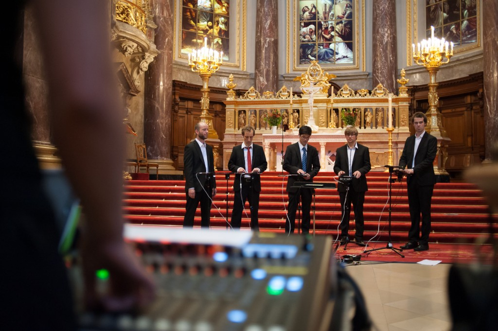 DigiEnsemble-Berlin Berlin Cathedral 201306 - cc by nc sa Foto Sven Ratzel